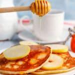 Tortitas de manzana (receta FÁCIL para el desayuno)