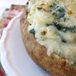 Patatas asadas con espinacas