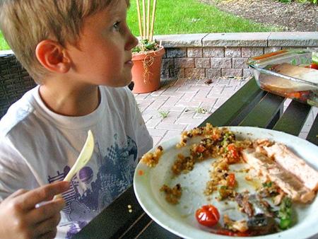 6 claves para que los ni os coman pescado pequerecetas for Cocinar pescado para ninos