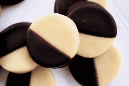 Mazapán con chocolate