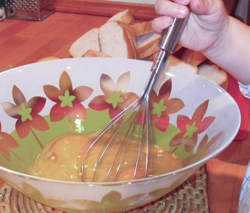 torrijas rebozadas en huevo