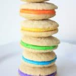 Galletas sandwich multicolor para niños