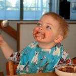 El exceso de proteínas en la alimentación infantil