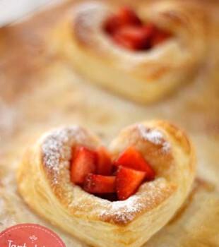 tartaletas de fresa con hojaldre