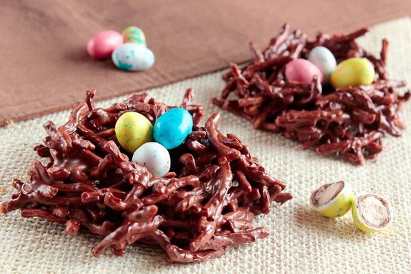 nidos de chocolate de Pascua