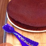 Pastel de chocolate, crujiente y jugoso