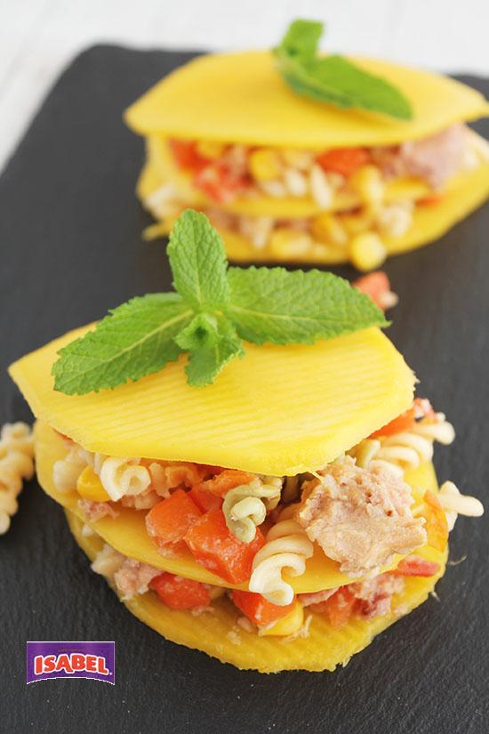 Milhojas de mango y ensalada italiana Isabel