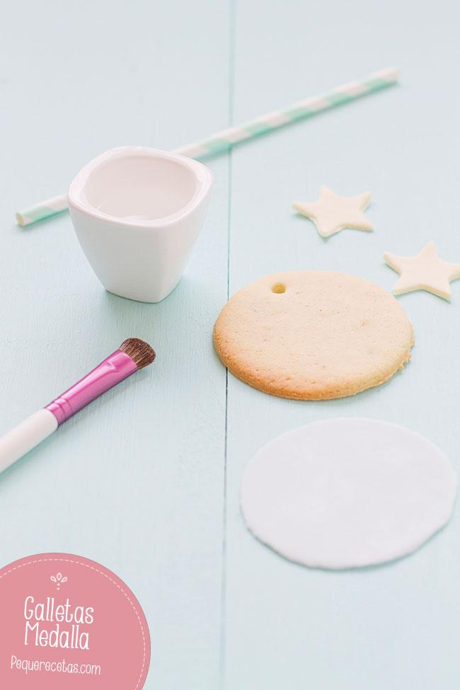 como decorar galletas con fondant