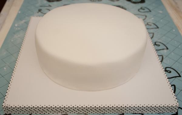 Tutorial tarta fondant de pucca