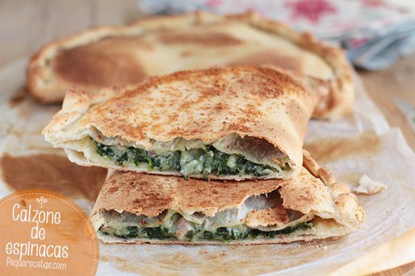 Calzone de espinacas, jamon y gorgonzola