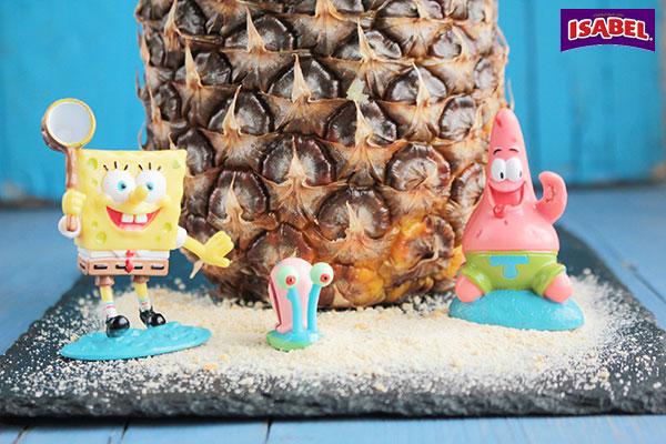 Piña-Casa-de-Bob-Esponja-rellena-de-ensalada-(2)