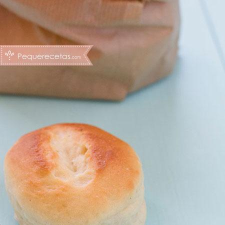 Panecillos: pan de leche