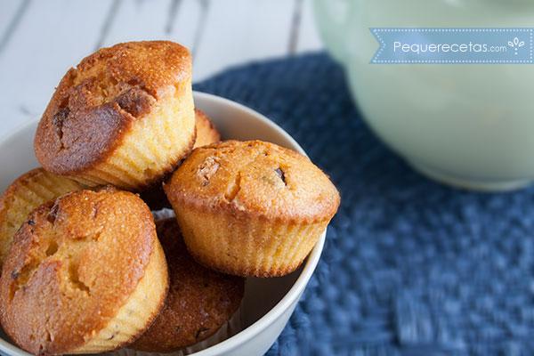Como preparar muffins de harina de maíz y chocolate paso a paso