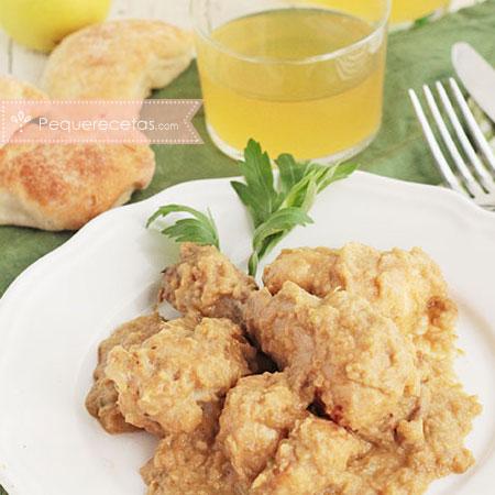 Pollo en salsa: pollo a la sidra