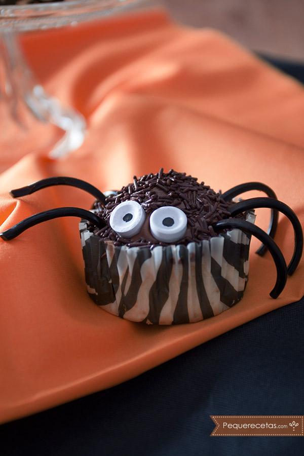 Cupcakes de araña, terroríficamente ricos