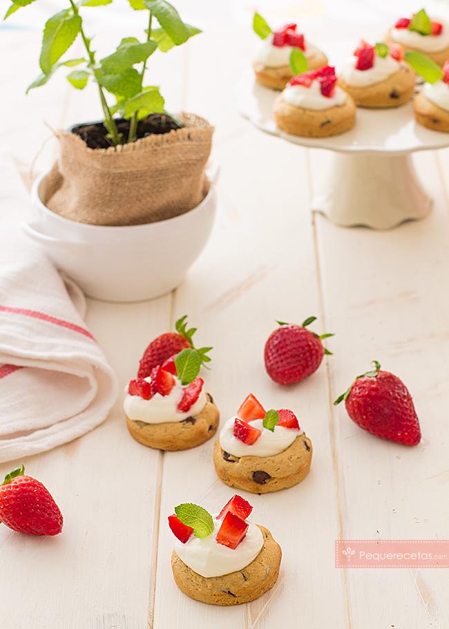 cookies rellenas de fresas con nata
