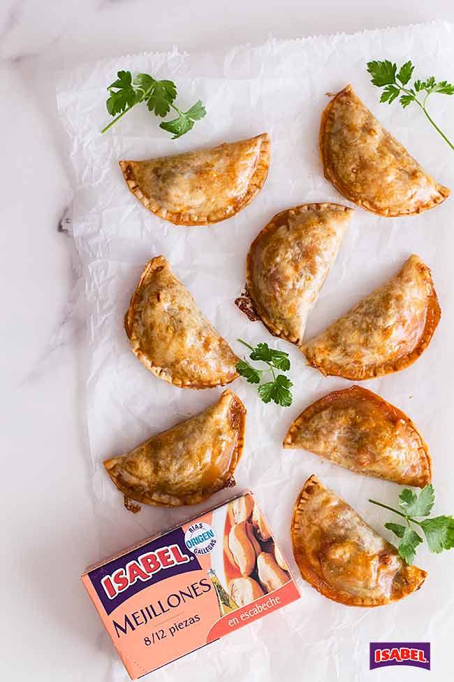 empanadillas de mejillones en escabeche