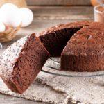 Bizcocho de chocolate casero y esponjoso (receta FÁCIL)