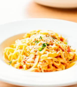 Salsa carbonara italiana