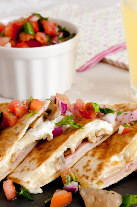 Cómo hacer quesadillas mexicanas