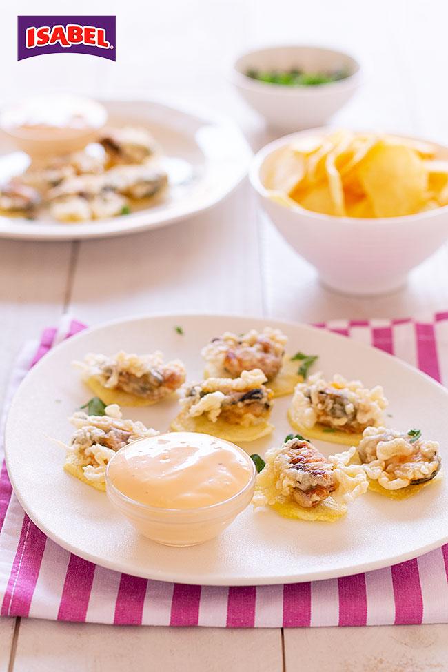 tempura de mejillones en escabeche con patatas chips