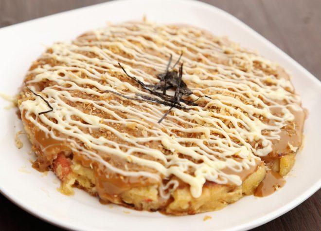 como hacer okonomiyaki o tortilla japonesa
